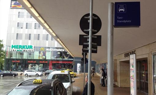 Taxi Stand am Wiener Westbahnhof
